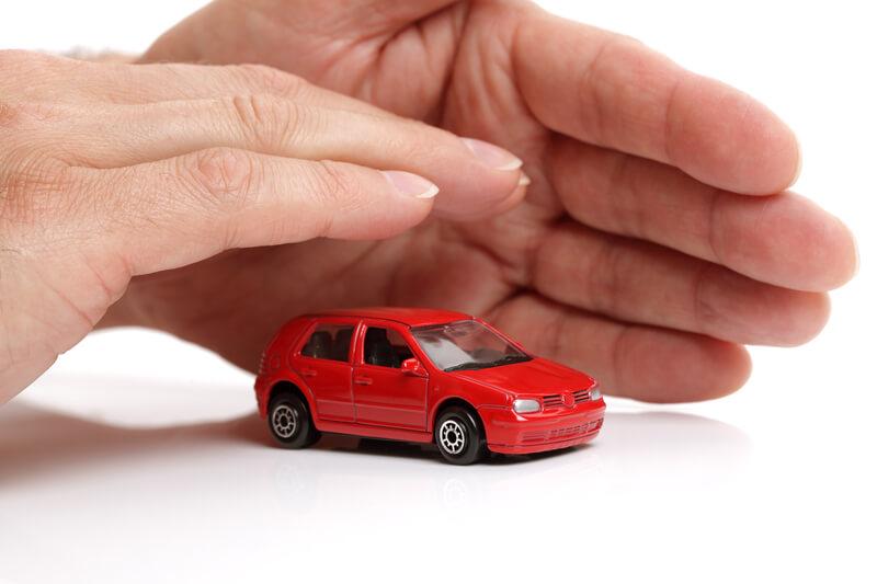 seguro de auto con cobertura amplia
