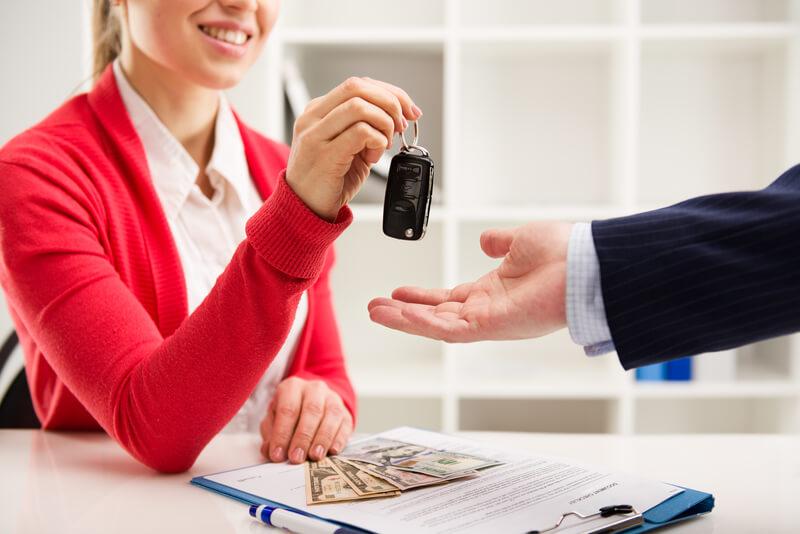 Crédito automotriz con bajas comisiones