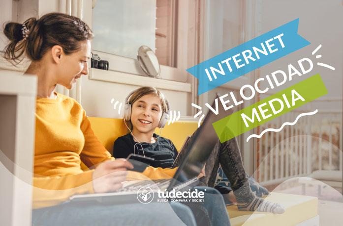 Internet con velocidad media